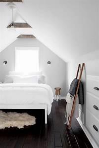 Deco Chambre Bois : 1001 exemples parfaits d 39 une chambre sous combles ~ Melissatoandfro.com Idées de Décoration