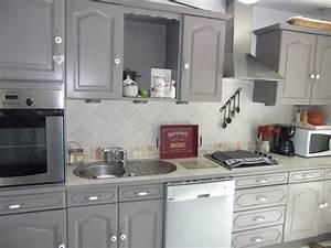 cuisine peinture sur meuble repeindre portes cuisine With repeindre meuble cuisine chene