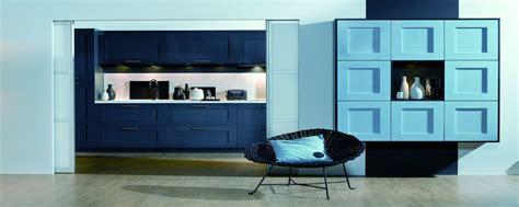 sagne cuisine bleu lagon pour une cuisine de charme inspiration cuisine