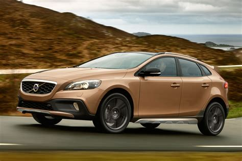 Volvo V40 Cross Country Picture by Volvo V40 Cross Country 2013 Pictures 3 Of 21 Cars