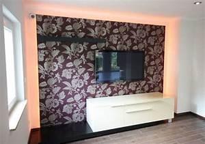 Indirekte Beleuchtung Wohnzimmer Wand : ein wohnzimmer mit kamin gestalten raumax ~ Sanjose-hotels-ca.com Haus und Dekorationen