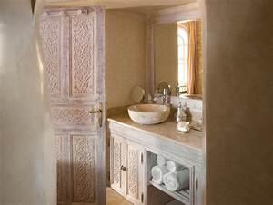 le tadelakt l39enduit ideal pour la salle de bain With enduit salle de bain