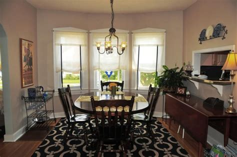 How To Choose The Best Small Dining Room Decorating Ideas