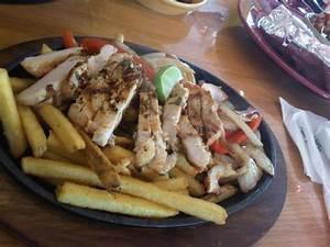 Chicken Fajita - Picture of Applebee's, Kuwait City ...