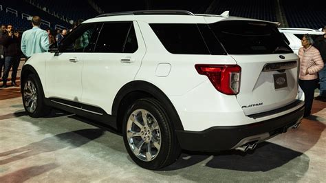 2020 Ford Explorer Photos And Details