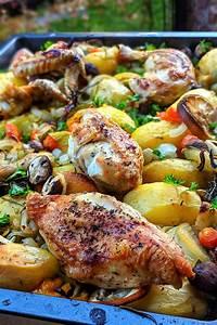 hähnchen aus dem ofen mit kartoffeln und buntem gemüse