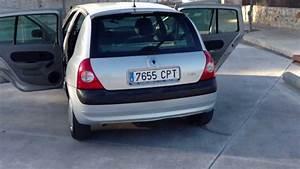 Clio 2 2003 : 2003 renault clio 1 2 1 6v dynamique 5dr lhd for sale in spain youtube ~ Medecine-chirurgie-esthetiques.com Avis de Voitures