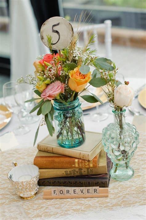 vintage table decorations  weddings photograph  elega