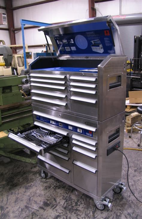 Kobalt Tool Cabinet With Stereo by Seriously Looking For A New Rolling Toolbox Texags