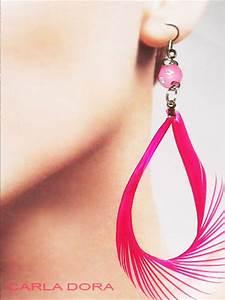 Grosse Boucle D Oreille Fantaisie : bijou fantaisie boucles d 39 oreilles plume fushia ~ Melissatoandfro.com Idées de Décoration
