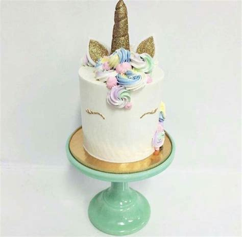 unicorn cake ideas 25 best ideas about unicorn birthday cakes on