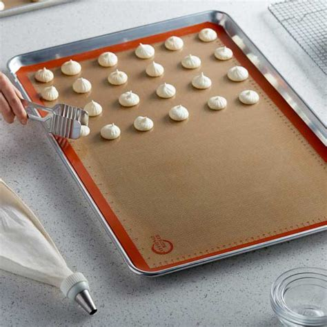baking mat sheet silicone cookie culinary mercer vs orange difference safest