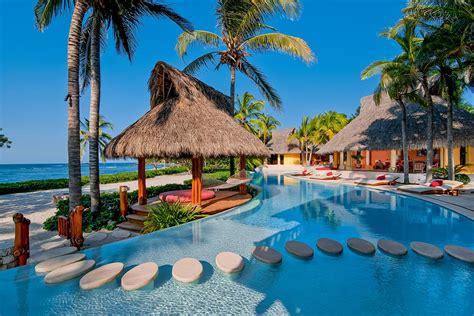 palmasola luxury retreats