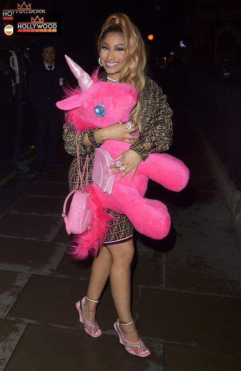 nicki minaj  hella happy  pink unicorn