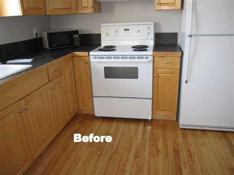 Kitchen Furniture Calgary by Kitchen Cabinet Painting In Calgary Cabinet Refinishing