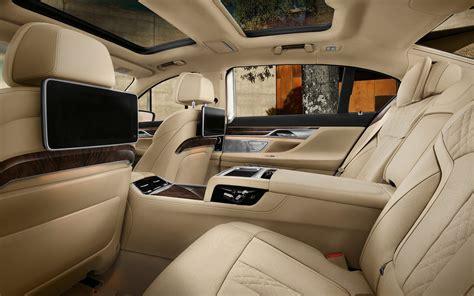 bmw  series sedan li price  uae specs review