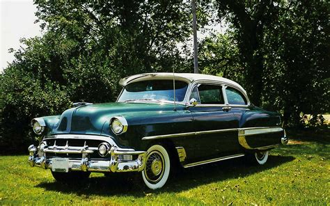 one classic cars vintage retro cars that will make you want one reader s digest
