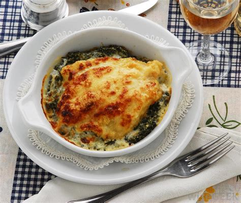 different types of casseroles what are the different types of seafood casseroles