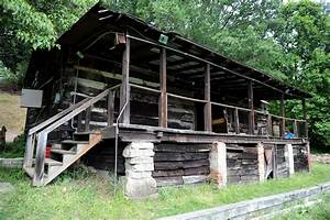 oakdale boy scout cabin gets makeover through tv show With barn builders show