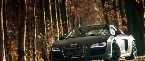 Audi V8 On Road Car Pictures Images