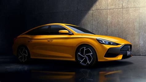 New MG5 2021 detailed: Toyota Corolla sedan rival unveiled ...