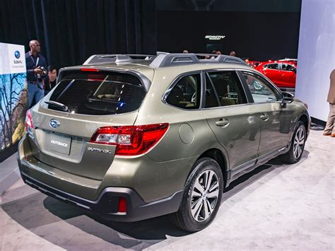 subaru outback redesign rumors
