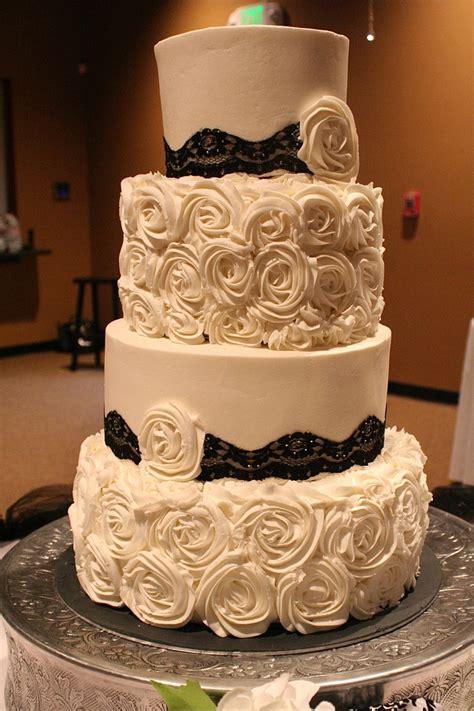 rosettes  lace wedding cake roses black wedding