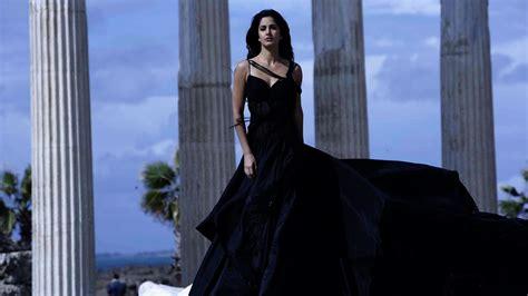katrina kaif navel hot high resolution pictures
