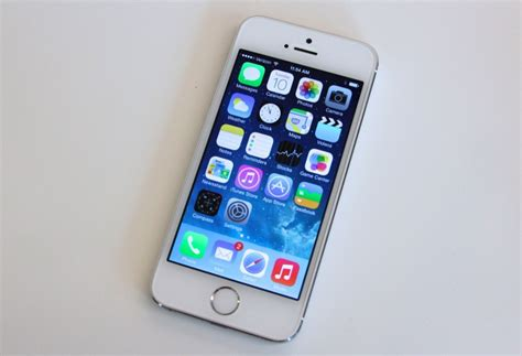 iphone 5s a tale of two iphones on with the iphone 5s and