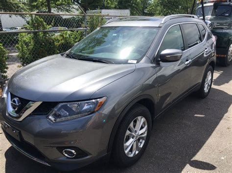 grey nissan rogue 2015 2015 nissan rogue sv 4 door suv grey vin