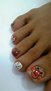 88 Stylish Toe Nail Art Designs That You'll Want to Copy