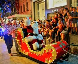 christmas parade and pantomime brisbane cbd brisbane family explorers