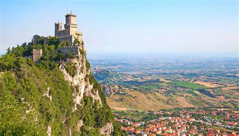 San Marino Travel Guide and Travel Information