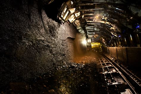 enjoy  day  fun     coal  museum