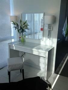 Coiffeuse Meuble Ikea : 17 best ideas about coiffeuse meuble on pinterest maquillage vanit bureau coiffeuse design ~ Teatrodelosmanantiales.com Idées de Décoration