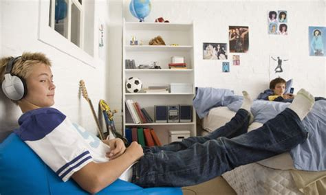 decorate  room   budget learnenglish teens