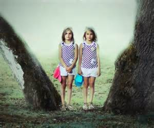 Julie De Waroquiers Twin Project Fascinating Portraits Of Identical Twins Taken In Magical