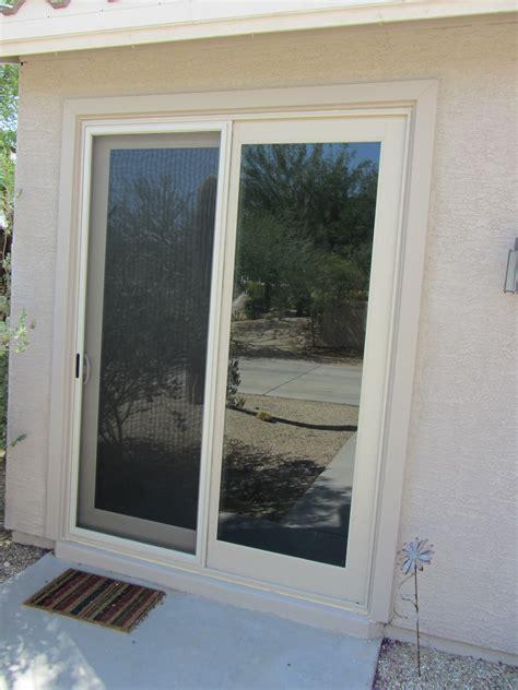 almond slidng door with sliding screen door