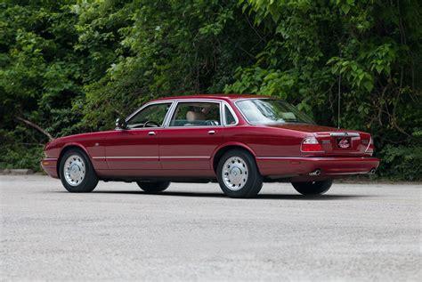 2000 Jaguar Xj8  Fast Lane Classic Cars