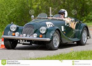 Voiture De Tourisme : voiture de tourisme morgan de chemin de cru photo ditorial image 26355041 ~ Maxctalentgroup.com Avis de Voitures