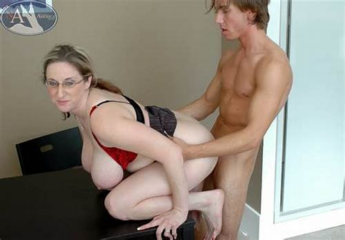Older Woman And Student Macho #Chubby #Mature #Teacher #Kitty #Lee #Fucking #And #Giving #Awesome