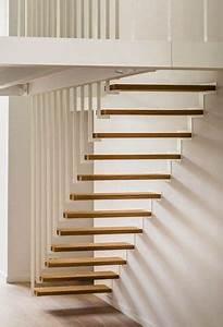 les 25 meilleures idees de la categorie escalier suspendu With good modele de jardin moderne 3 comment avoir un joli jardin en pente jolies idees en