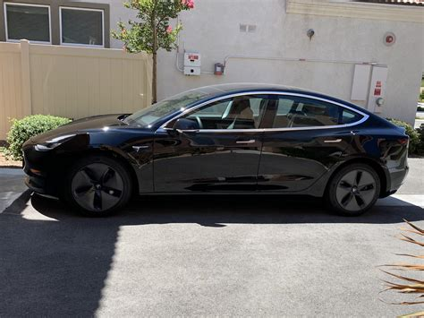 44+ Ted Tesla 3 With 18 Inch Wheels Standard Background