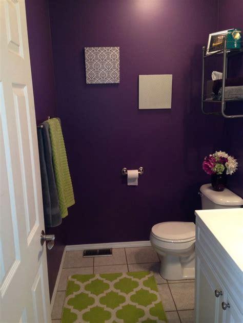 pin  andrea gonzalez  decorating purple bathroom
