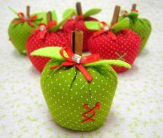 manzanas on apples artesanato and ems