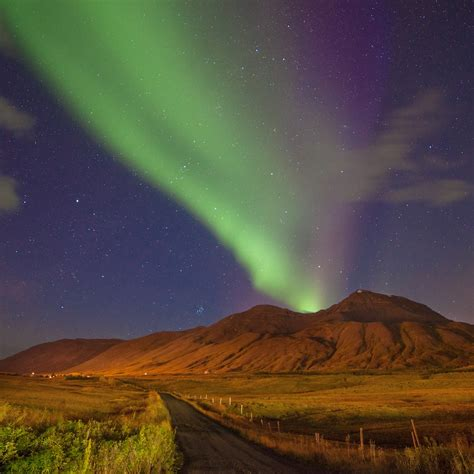 best time to see northern lights in iceland tips on how to find the northern lights in iceland