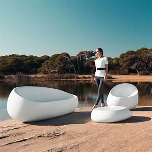 Table Basse Forme Galet : table basse lumineuse sans fil stone vondom ~ Teatrodelosmanantiales.com Idées de Décoration