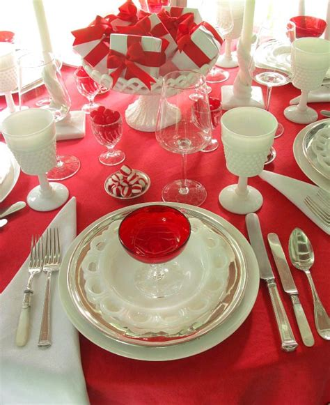 red tablecloth  table setting ideas