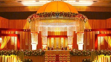 hindu wedding stage decoration    wedding