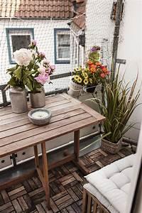 Kleiner Balkon Ideen : 59 besten kleine balkone bilder auf pinterest balkon ~ Lizthompson.info Haus und Dekorationen